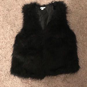 Cotton On faux fur vest jacket size large